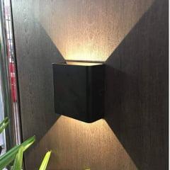 Arandela LED 3W Clean IP65 Blumenau 3000K Branco quente- Preta